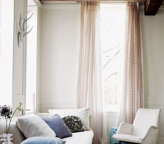 Curtains Ideas curtains for a small living room : 16 Decorator Tricks for Small Living Rooms and More | Real Simple