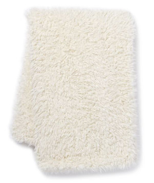 faux-fur-sheepskin-throw