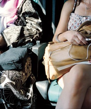 two-woman-side-purses