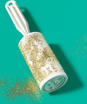 lint-roller-used-to-clean-glitter