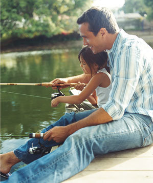 dad-fishing-pond-child