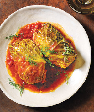 slow-cooker-pork-stuffed-cabbage