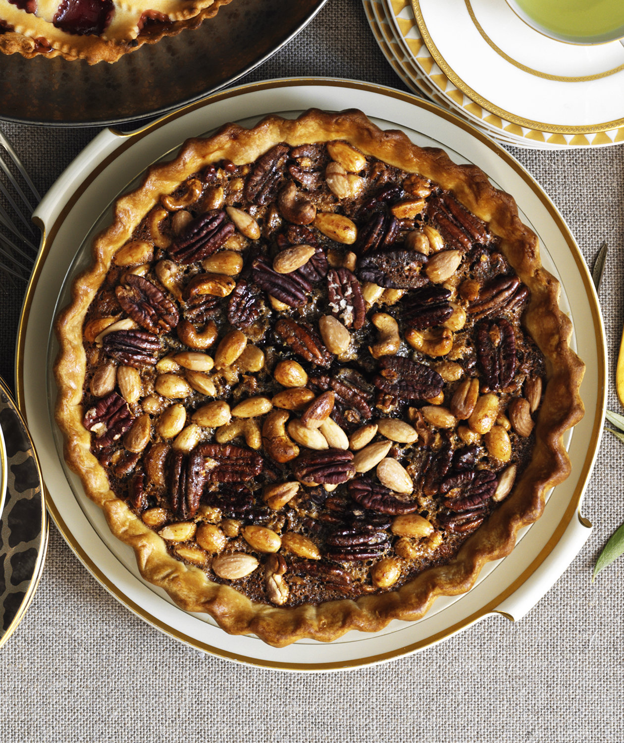 spiced-mixed-nut-pie