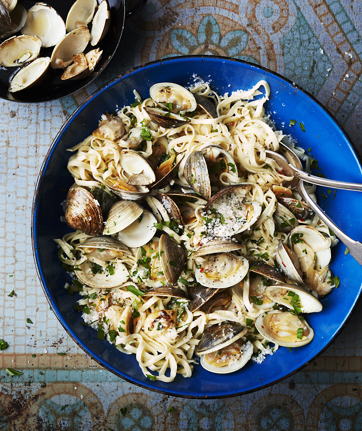 linguine-broiled-garlic-clams