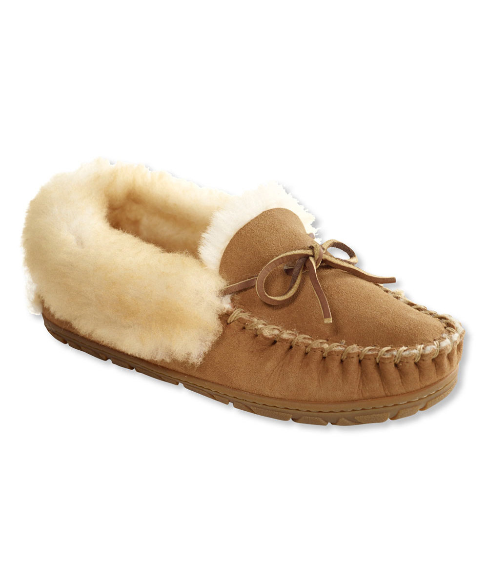 womens-wicked-good-moccasins