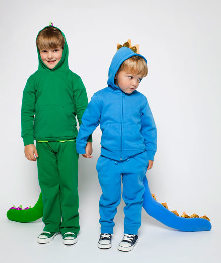 kids-homemade-dragon-costumes-cupcake-liners