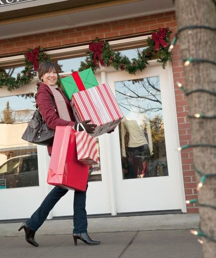christmas-shopping-bags-boxes
