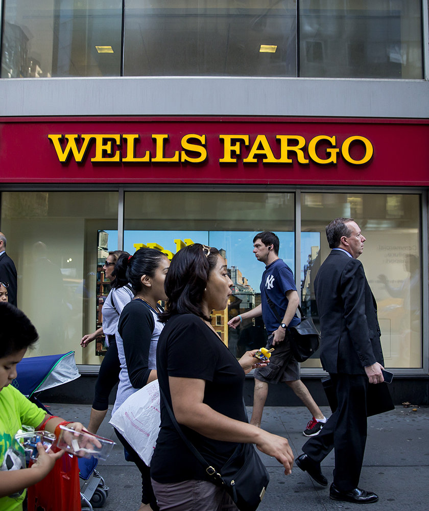 wells-fargo-amazon